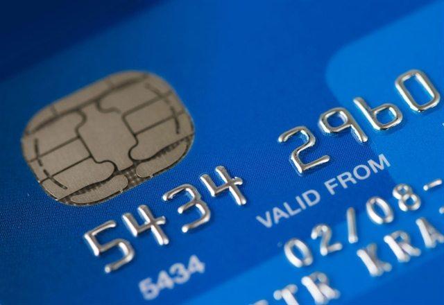 zakładanie konta w banku aktywna karta