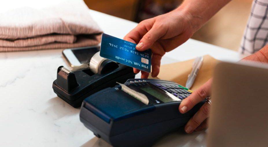 jak działa karta kredytowa